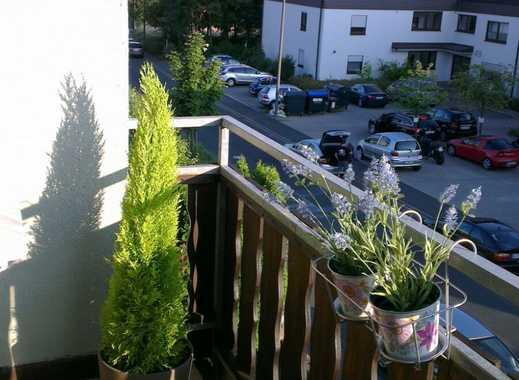 Komfort 2-Zimmer-Wohnung mit Balkon in Estenfeld