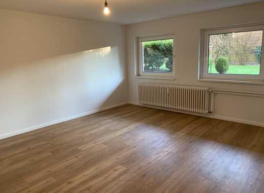 Vollständig renovierte 2-Zimmer-Wohnung mit neuer EBK in ruhiger, zentraler Lage in Wedel