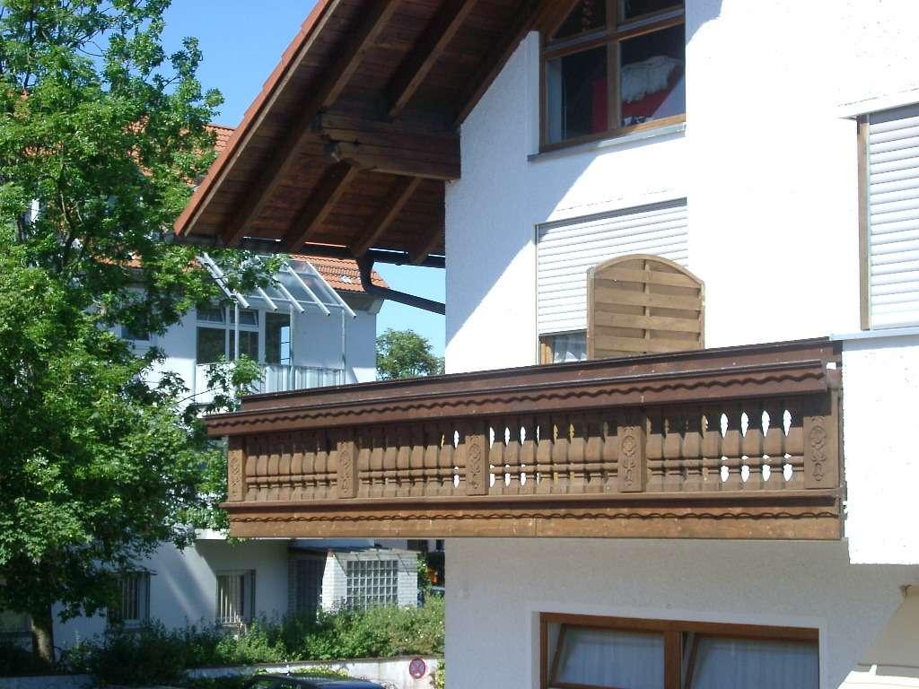 10 m Balkon – sehr helle 2 Zimmer Wohnung in Unterhaching