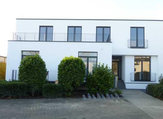 Hochwertig ausgestattete 3 Zimmerwohnung mit Dachterasse und Balkon in Köln-Junkersdorf