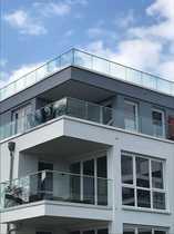Penthouse mit Bootsanleger und Stellplatz