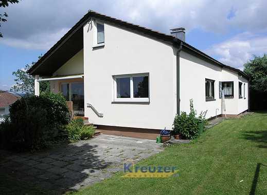 Begehrte Wohnlage in Ravensburg-Süd mit Fernblick! Einfamilienhaus mit ELW und Doppelgarage !