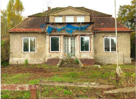 Traumhafte Villa wartet auf liebevolle Sanierung