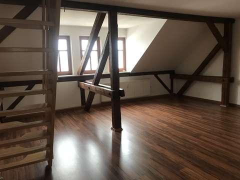 2 Jahresvertrag !! 3-Raum-Maisonette in Rauschwalde. Bad mit ...
