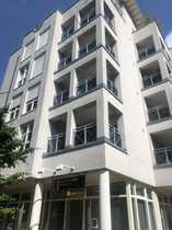 Großzügige 2 Zi-Wohnung in zentraler