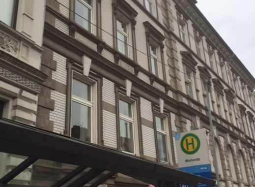 Schöne 4-Zimmer-DG-Wohnung in zentraler Lage