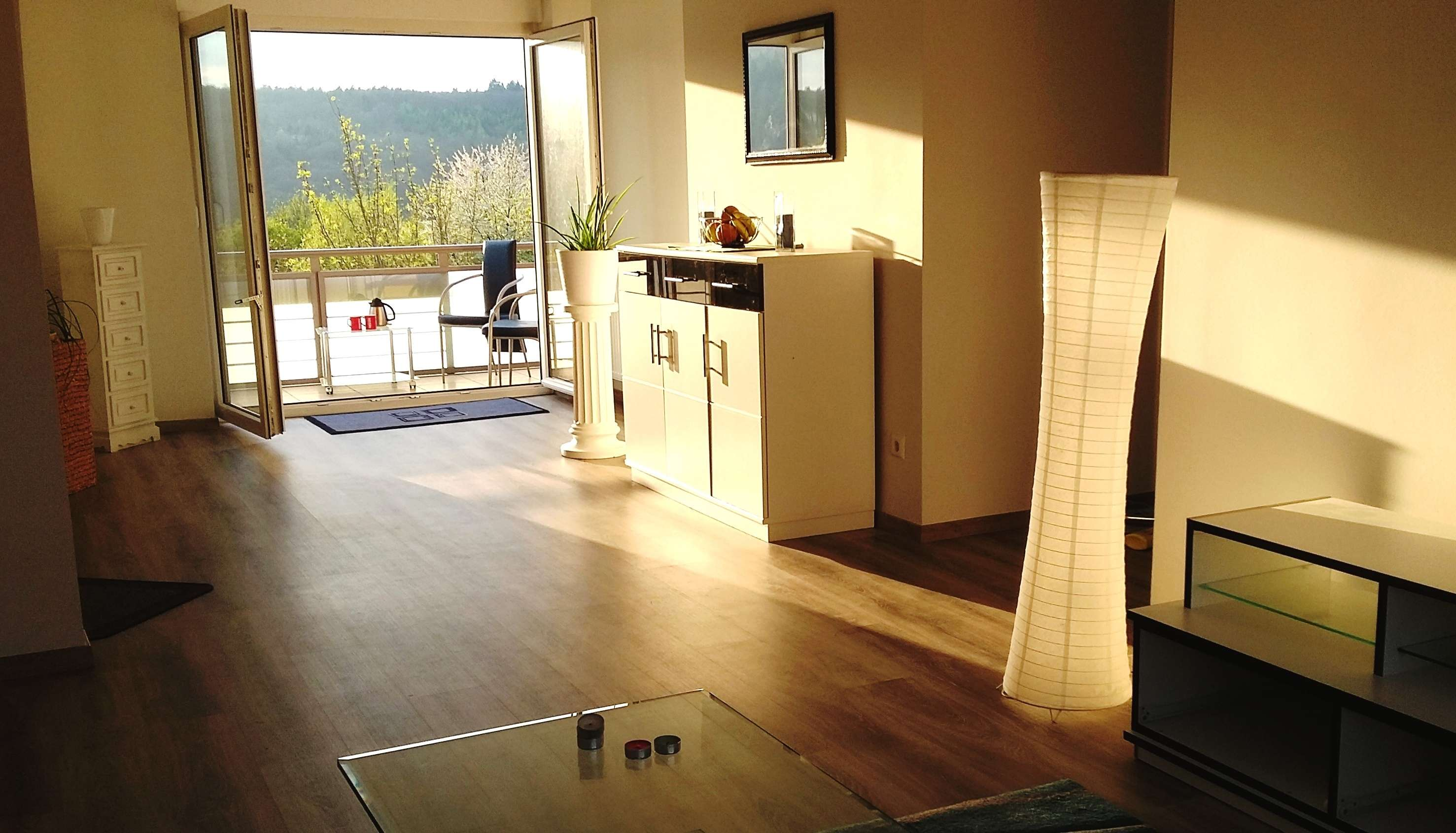 Zentral, kernsaniert, mit Balkon, 4-Zimmer-Wohnung in Bad Kissingen in Bad Kissingen