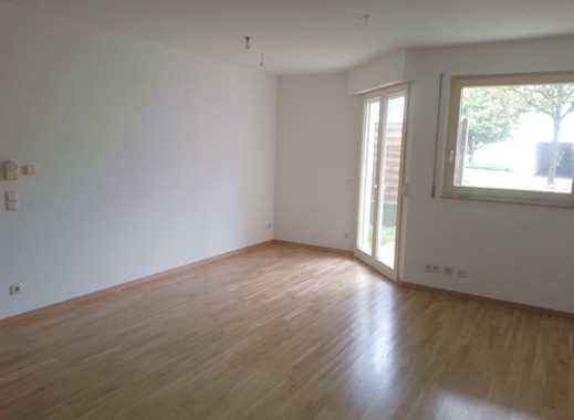 Sanierte 1- Zimmer Singlewohnung, Souterrain- Wohnung mit Parkett und Fußbodenheizung!