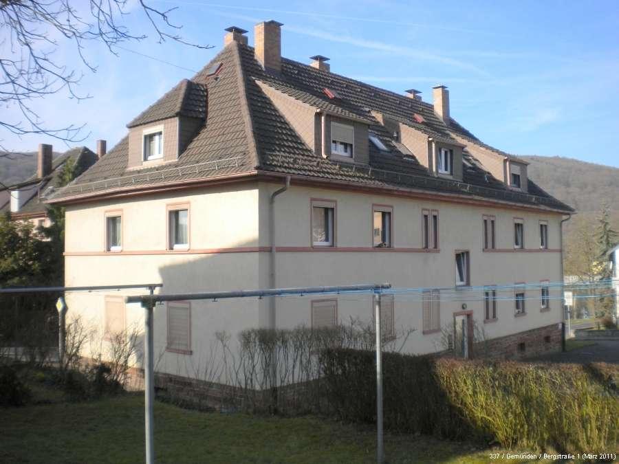 Schöne, kleine 3-Zimmer Dachgeschosswohnung in