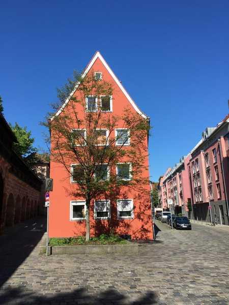 Grosse Terrasse - Helle Dreizimmerwohnung in der Altstadt - Einbauküche in Altstadt, St. Lorenz (Nürnberg)