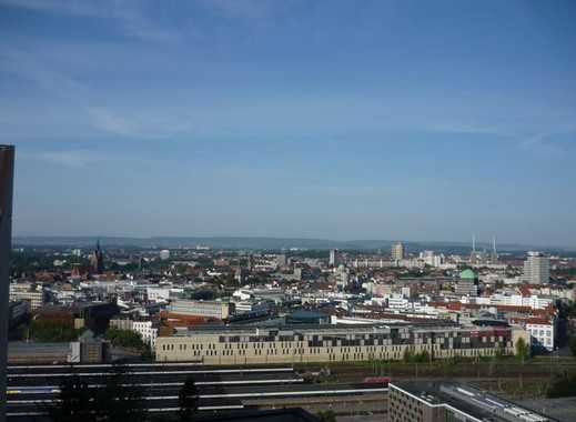 Traumhafte Sicht über Hannover, sanierte ETW  mit Balkon am Raschplatz / L
