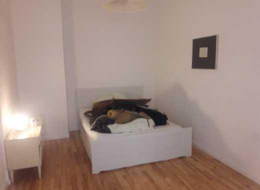 Möbliertes Zimmer in wunderschöner Wohnung in der Altstadt