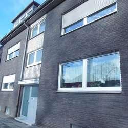 gepflegte 2 Zimmer Wohnung mit Gäste-WC - Grenze Duisburg Hamborn