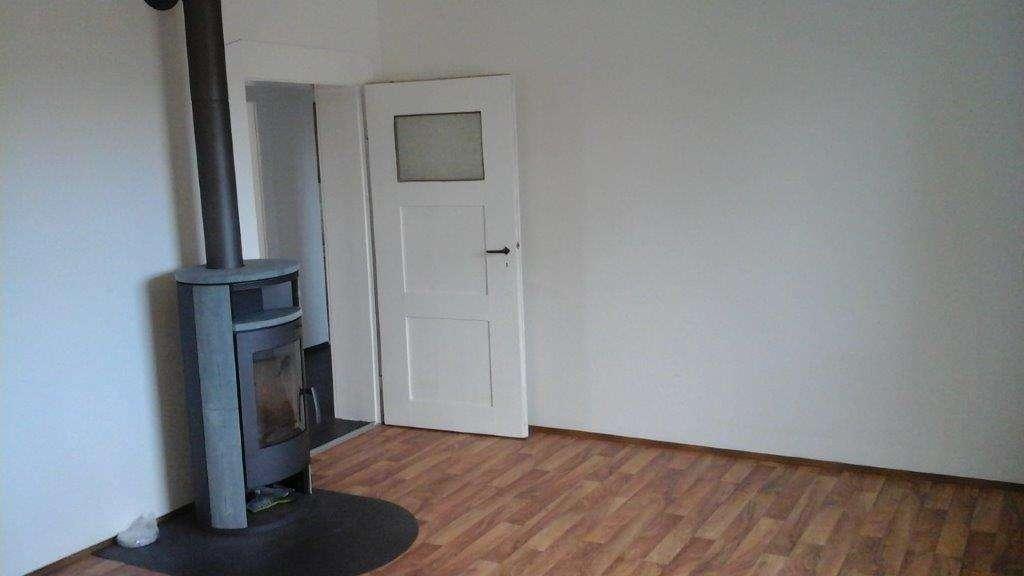 Frisch renoviert: 3-Zimmer-Wohnung in unmittelbarer Bahnhofsnähe in Wiesau! in