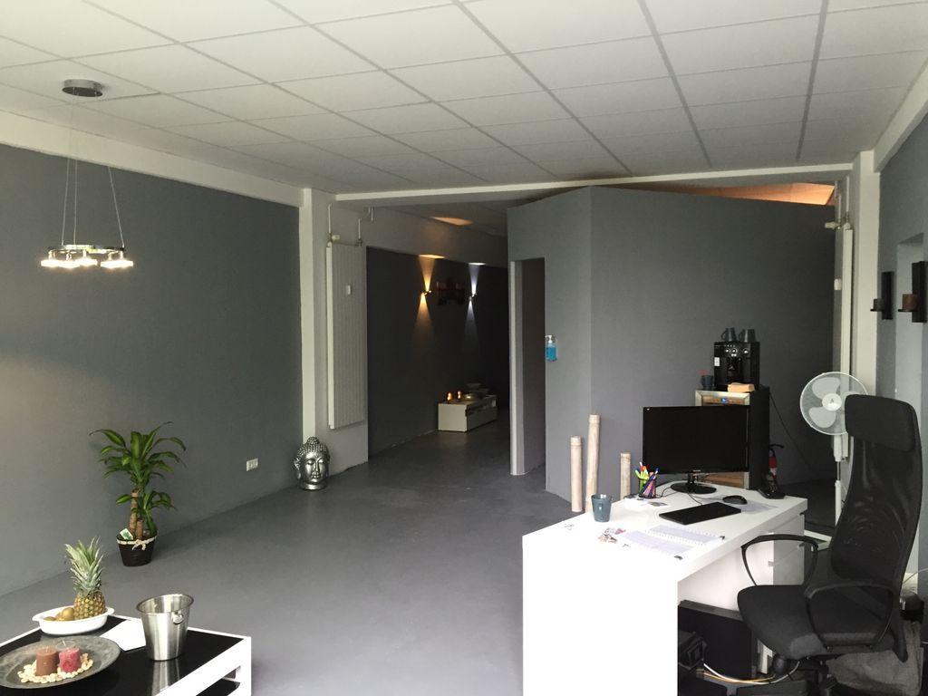 top frequentiertes ladenlokal mit mehr als 10 50 m. Black Bedroom Furniture Sets. Home Design Ideas
