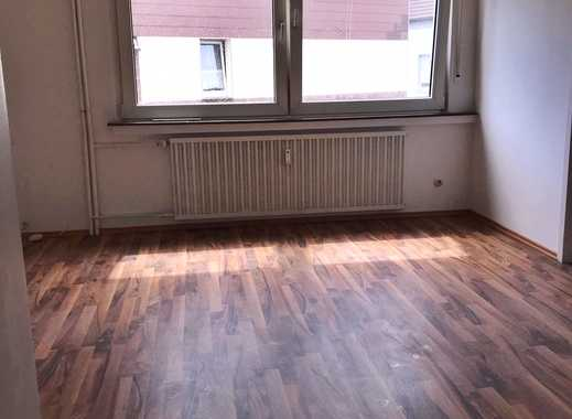 Helle renovierte 1,5 Zimmerwohnung mit neuem Badezimmer und Garten im Herzen von Alstaden