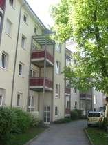 Familienfreundliche Wohnung mit Balkon in zentraler und ruhiger Lage