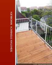 neuwertige Dachgeschosswohnung mit EBK Balkon