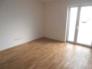 Neues 1-Zimmer-Appartement mit Terrasse nähe Uni - Klinikum in Pentling in Pentling