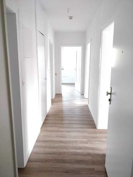 sanierte 3-Raum Wohnung auf der Lauterer Höhe mit Balkon in Coburg-Zentrum (Coburg)