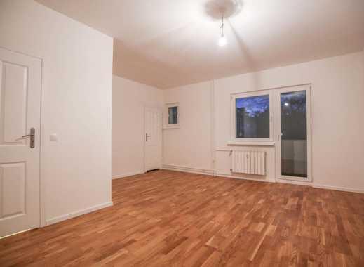 Frisch sanierte 1 Zimmer Wohnung mit Balkon im Weserkiez!