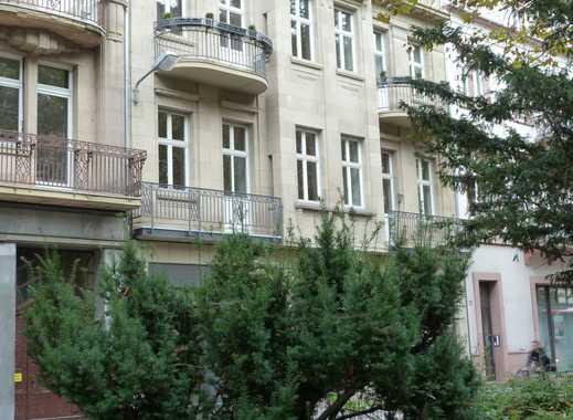 hochwertige 4-Zimmerwohnung neu saniert in zentraler Lage