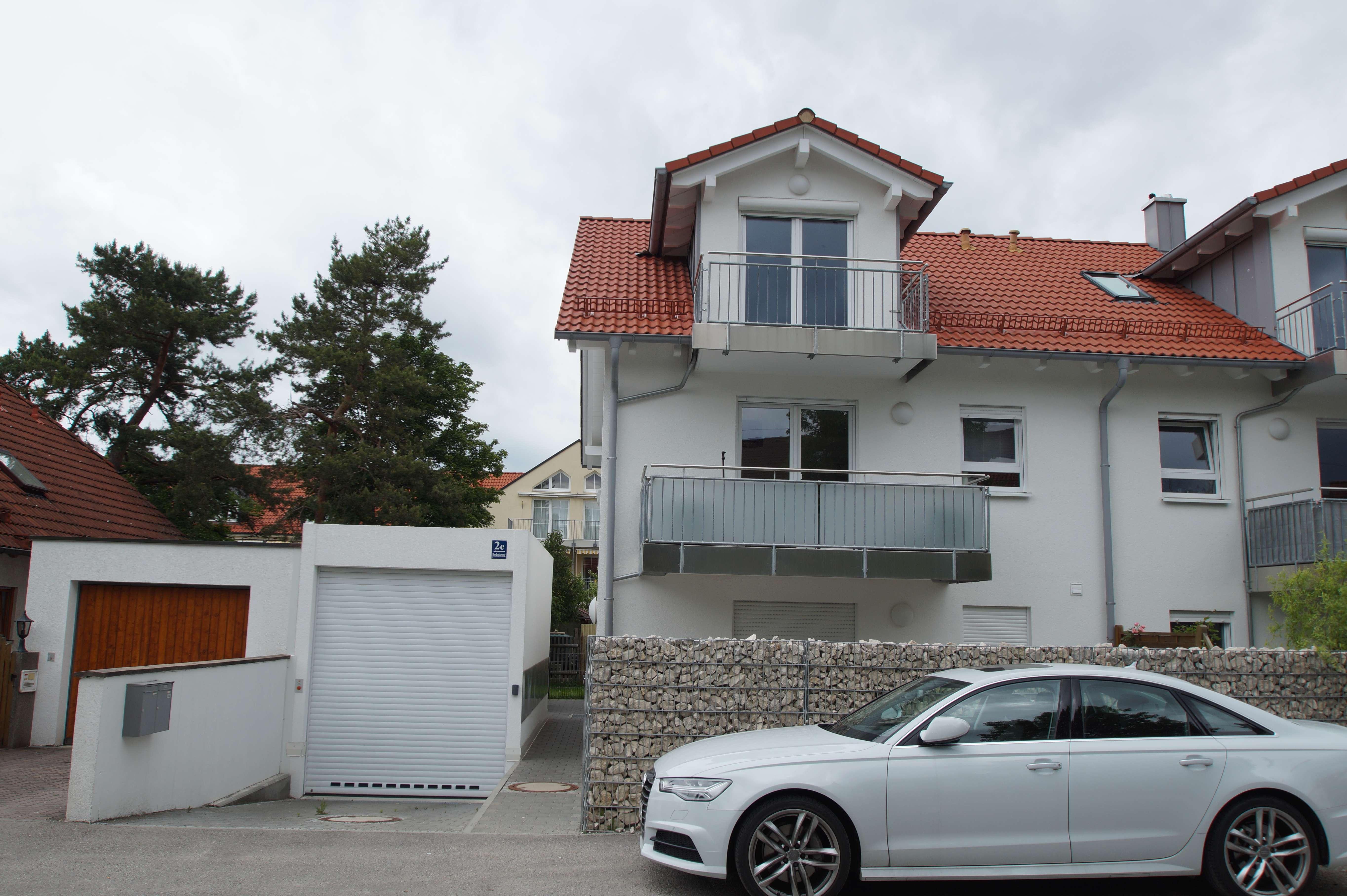 Stilvolle und schön ausgestattete 3-Zimmer Souterrain Wohnung in der Lerchenau in