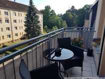 Schmucke Eigentumswohnung mit Balkon