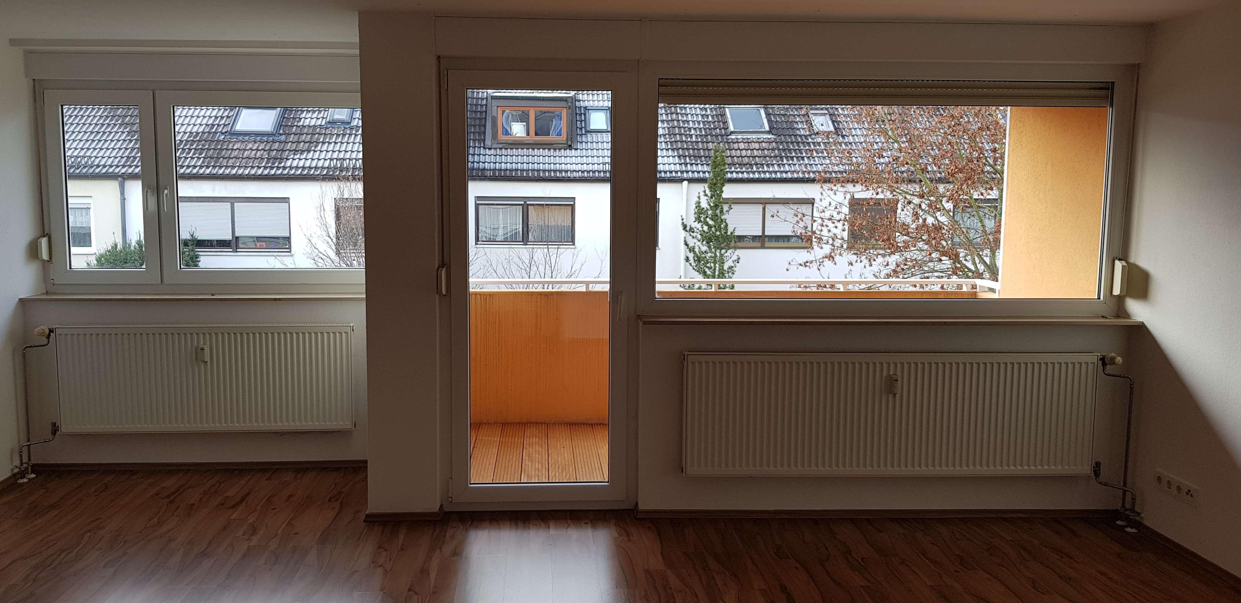 Ein Zimmer Apartment mit Balkon in Nürnberg Mögeldorf in Schmausenbuckstraße (Nürnberg)