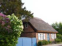 Alte Kate denkmalgeschützt mit Gartenidyll