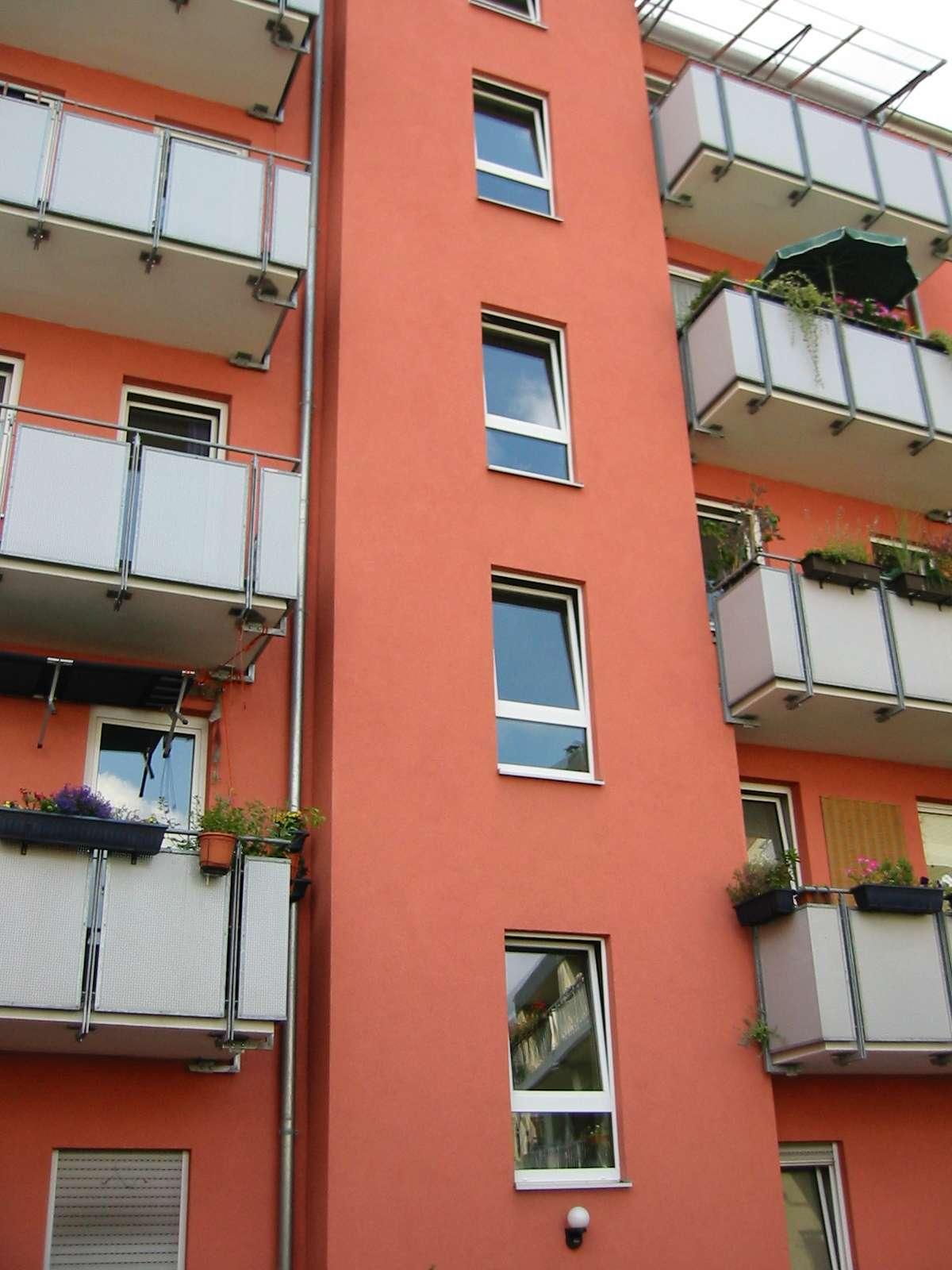 3-Zi-Whg mit Balkon, Holzdielenböden, Nbg-Südstadt Nähe ehem. Kaufhof, 30iger Zone, für 1-2 Personen in Galgenhof (Nürnberg)
