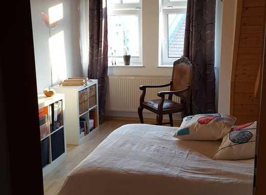 Gepflegte 3-Zimmer-Maisonette-Wohnung mit Balkon und Einbauküche in Deggendorf