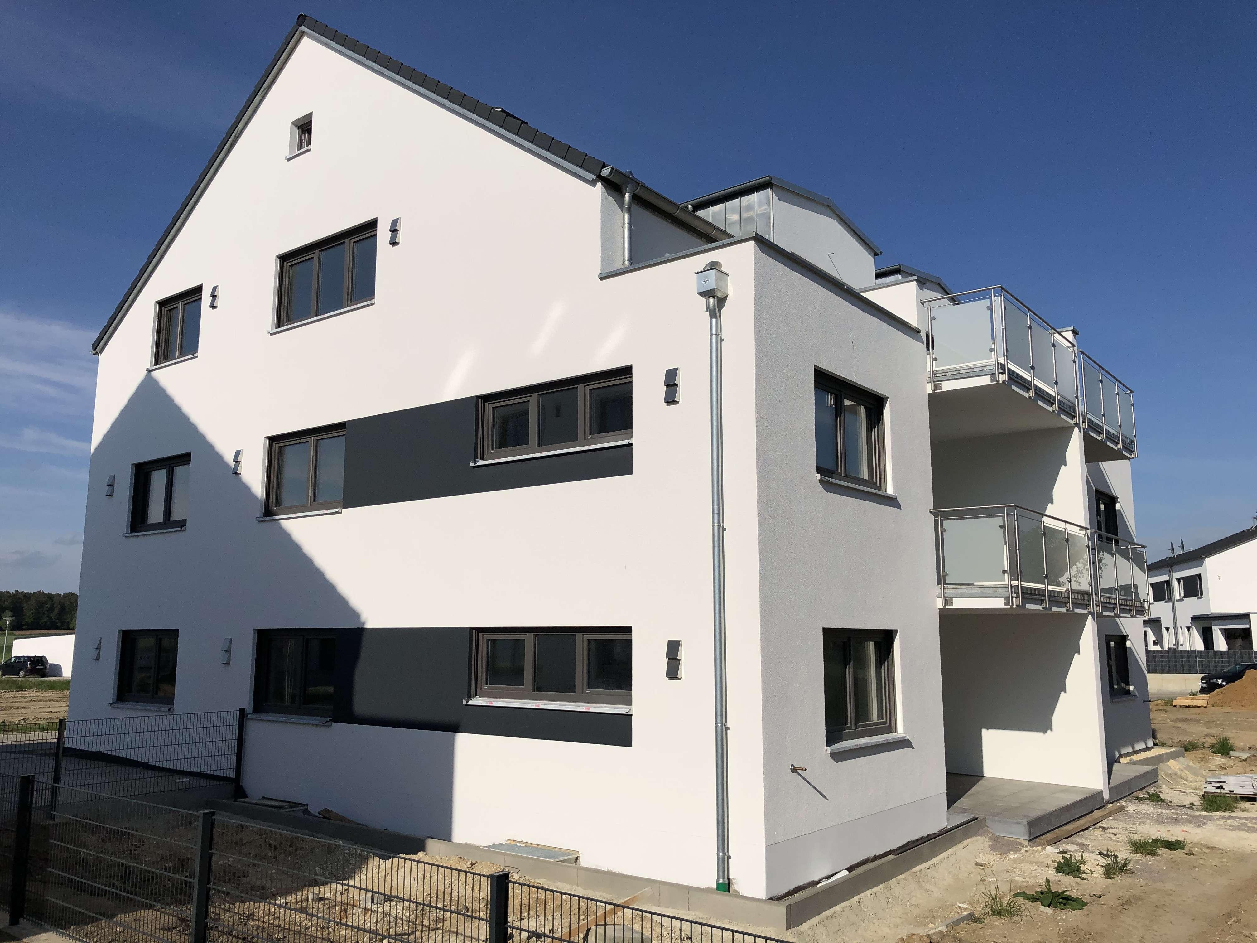 Erstbezug 6-Familienhaus: freundliche 3-Zimmer-Wohnung in Abensberg (OT Schwaighausen) in