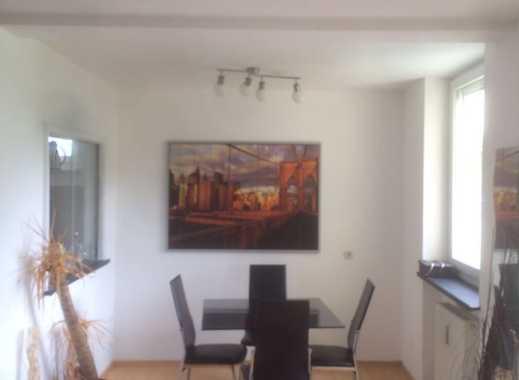 Schöne, ruhige und geäumige 2 Zimmer Wohnung