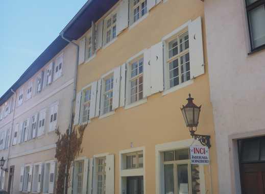 KA-Durlach / schöne und gepflegte 4,5-Zi-Whg mit EBK in zentraler Altstadtlage / ab sofort frei