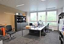 2 schöne große Büroräume zur