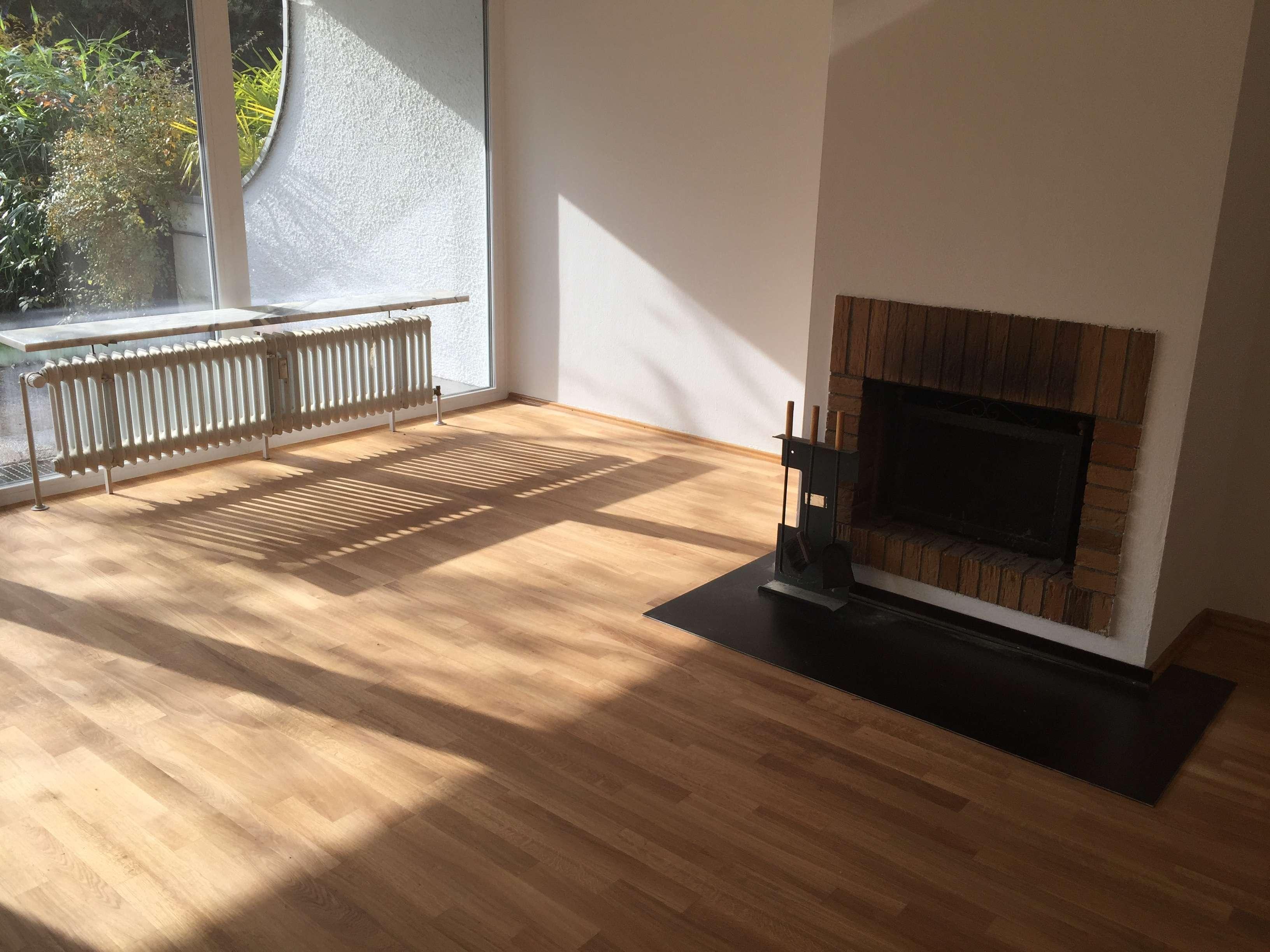 offener Kamin, 2 Terrassen, Einbauküche, großer Hobbyraum in Obermenzing (München)