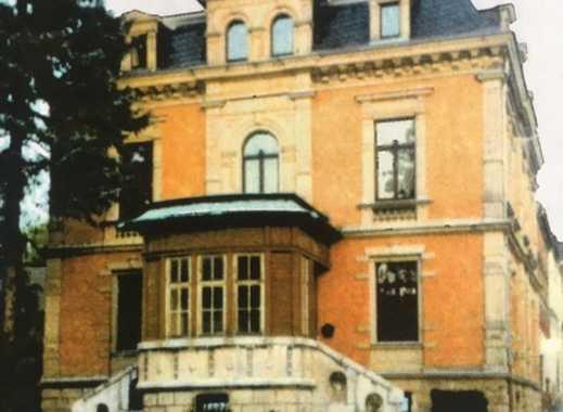Preiswerte, vollständig renovierte 2-Zimmer-DG-Wohnung zur Miete in Markneukirchen