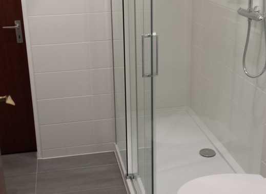 Erstbezug nach Sanierung: schöne 2,5-Zimmer-Wohnung mit Einbauküche und Balkon in Malente