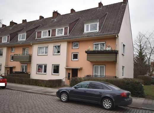 Gut geschnittene Wohnung mit Balkon