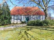Herrschaftliches Gutshaus mit Wassergraben