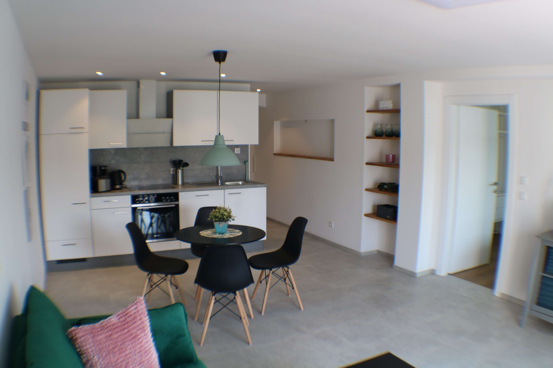 2 - Zimmerwohnung 60 qm  komplett neu möbliert in Pfaffenhofen an der Ilm