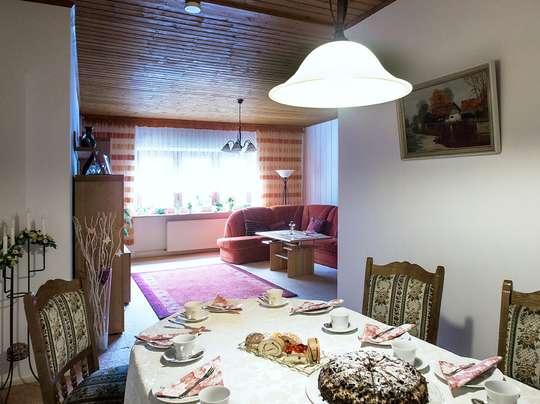 120m² Wohnung inkl. Garten, Terrasse und Garage in einem 2-Familienhaus - Bild 7