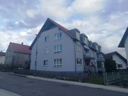 Gepflegte Wohnung mit dreieinhalb Zimmern sowie Balkon und EBK in Vöhringen Iller in Vöhringen (Neu-Ulm)