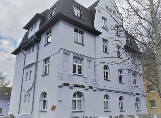 Erstbezug nach hochwertiger Sanierung und Renovierung! Großzügige 3-Zimmer-Wohnung mit Balkon