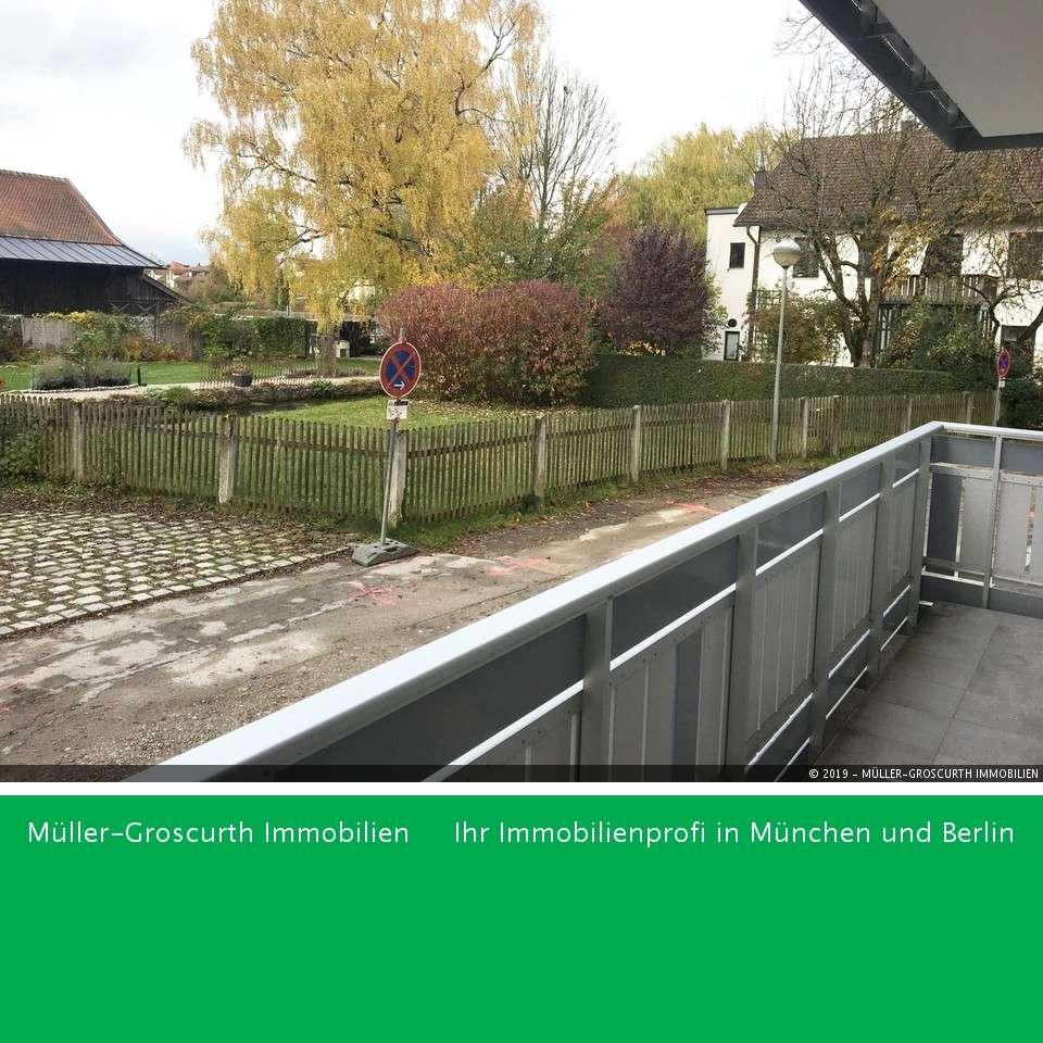 Singles aufgepasst: Frisch sanierte 2-Zimmer Wohnung am Landschaftsschutzgebiet! in Taufkirchen (München)