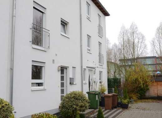 Schönes Haus mit sechs Zimmern in Bergstraße (Kreis), Viernheim