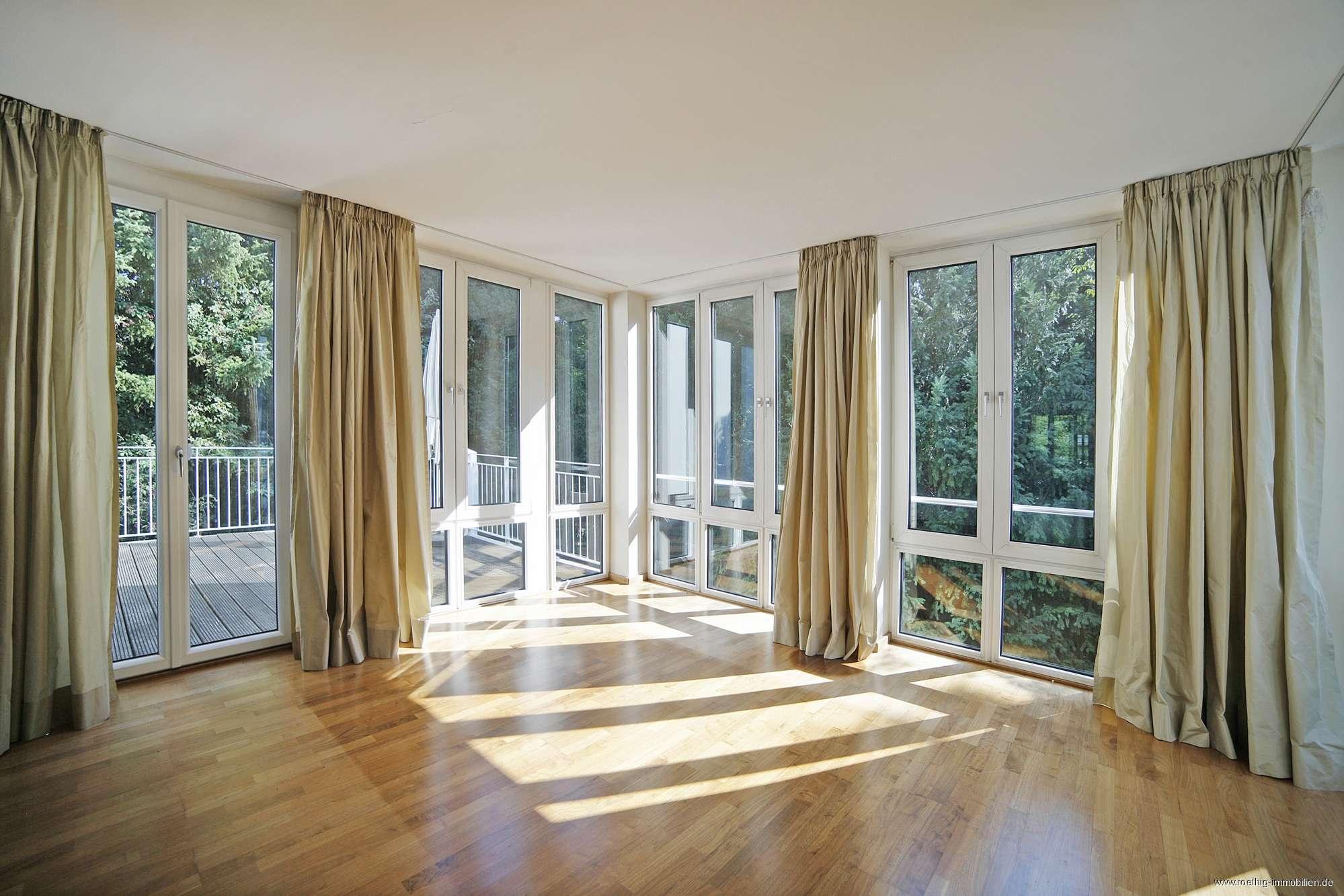 Schwabing-Luxusresidenz am Englischen Garten!Traumhafte 4 Zimmer Terrassenwohnung auf Parkgrundstück in