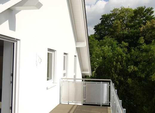 Neubau – Erstbezug! Barrierefreie Dachgeschosswohnung mit Blick ins Grüne!