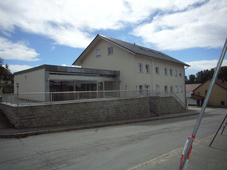 Dachgeschosswohnung in Schöllnach in